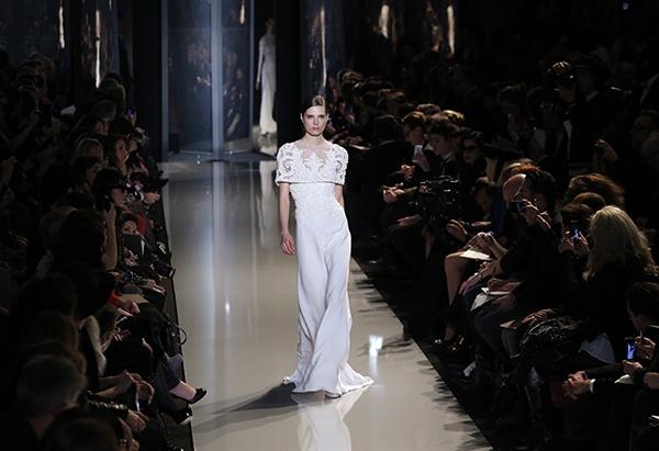 Semana da Moda de Paris: vestidos de noiva 2013. #casamento #vestidodenoiva #ElieSaab