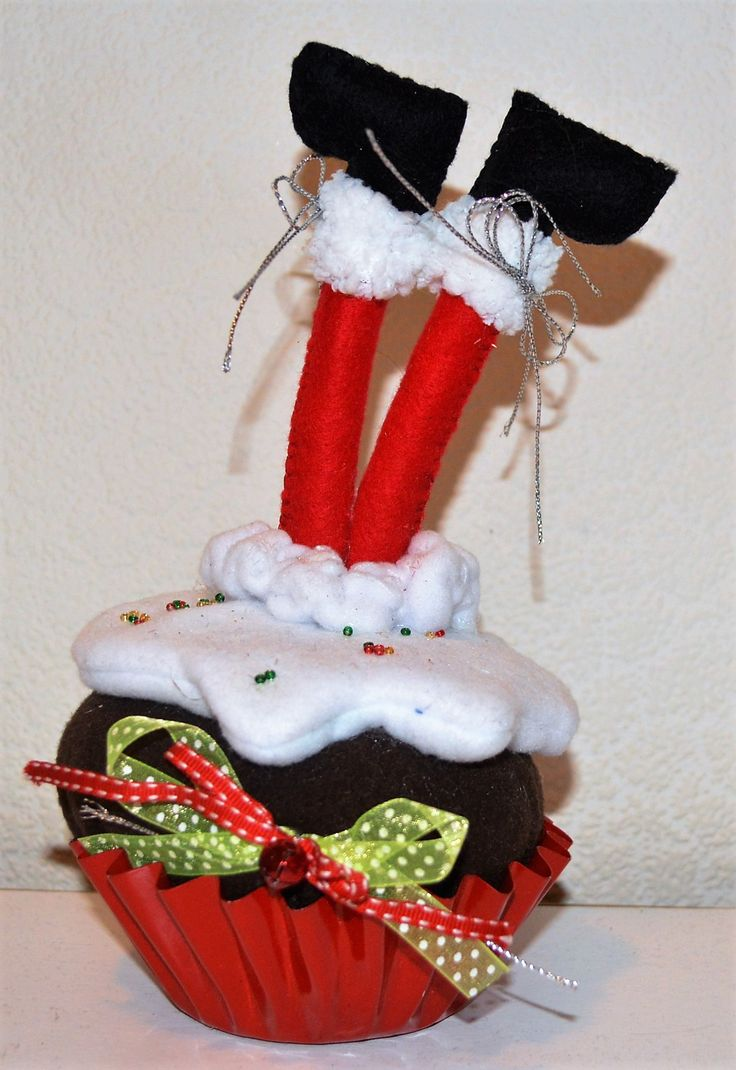Felt Christmas pudding made by my friend Vicky