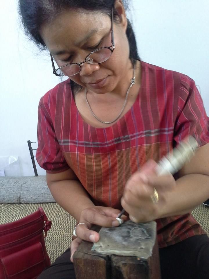 Handmade silver jewelry, crafted using traditional Thai-Khmer techniques. Each bead is meticulously hand-engraved. www.familytree-huahin.com