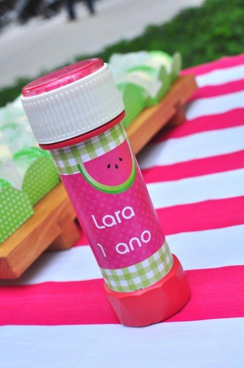 Bolinha de sabão - festa da melancia - by www.partyinc.com.br
