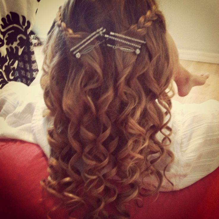 up hair styles for prom curly hair with braided bangs wand hair 3049