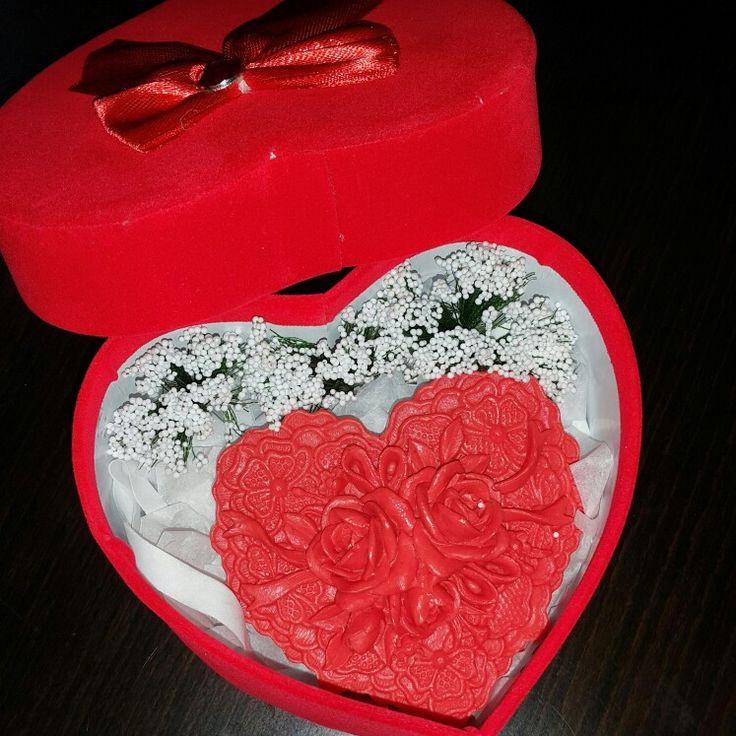 Özel günler için harika kutu dizaynla ri hemde mis kokulu