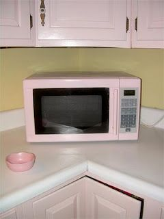 Pink Microwave by Cooks