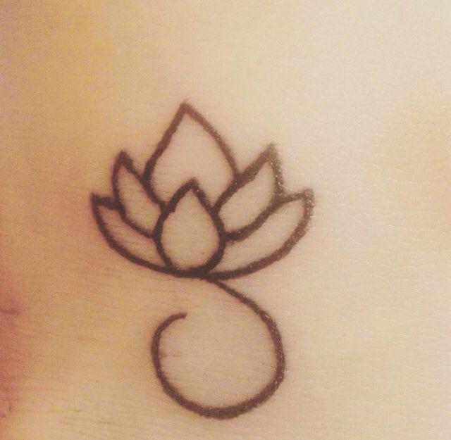 """""""Il fiore di LOTO è uno dei più potenti simboli di RINASCITA"""" #tattoo #loto #fiore"""