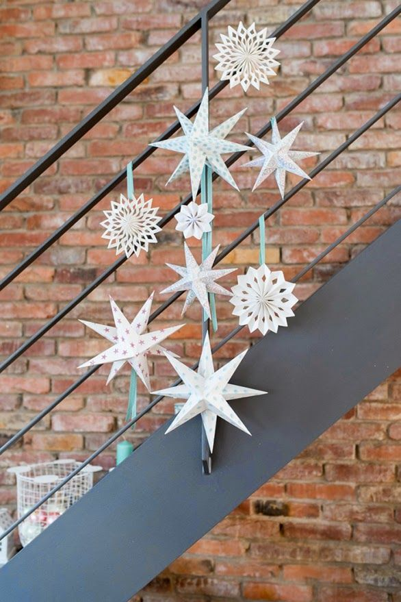 HAZLO TÚ: Estrellas de papel de colores para Navidad