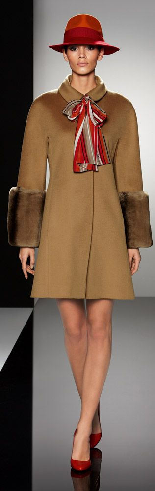 Cinzia Rocca | chic lady in elegant brown coat and red hat | #thejewelryhut