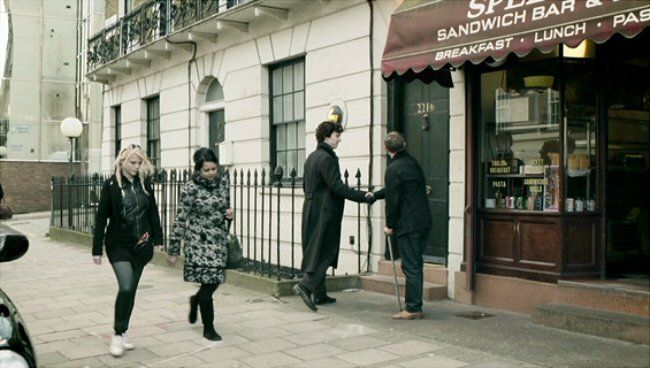 Una scena di Sherlock (© BBC)