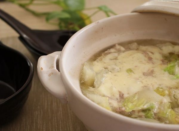 白菜と豚ばら肉の味噌チーズ鍋 by Michiyo(坂本みちよ)さん / レシピサイト「Nadia/ナディア」/プロの料理を無料で検索