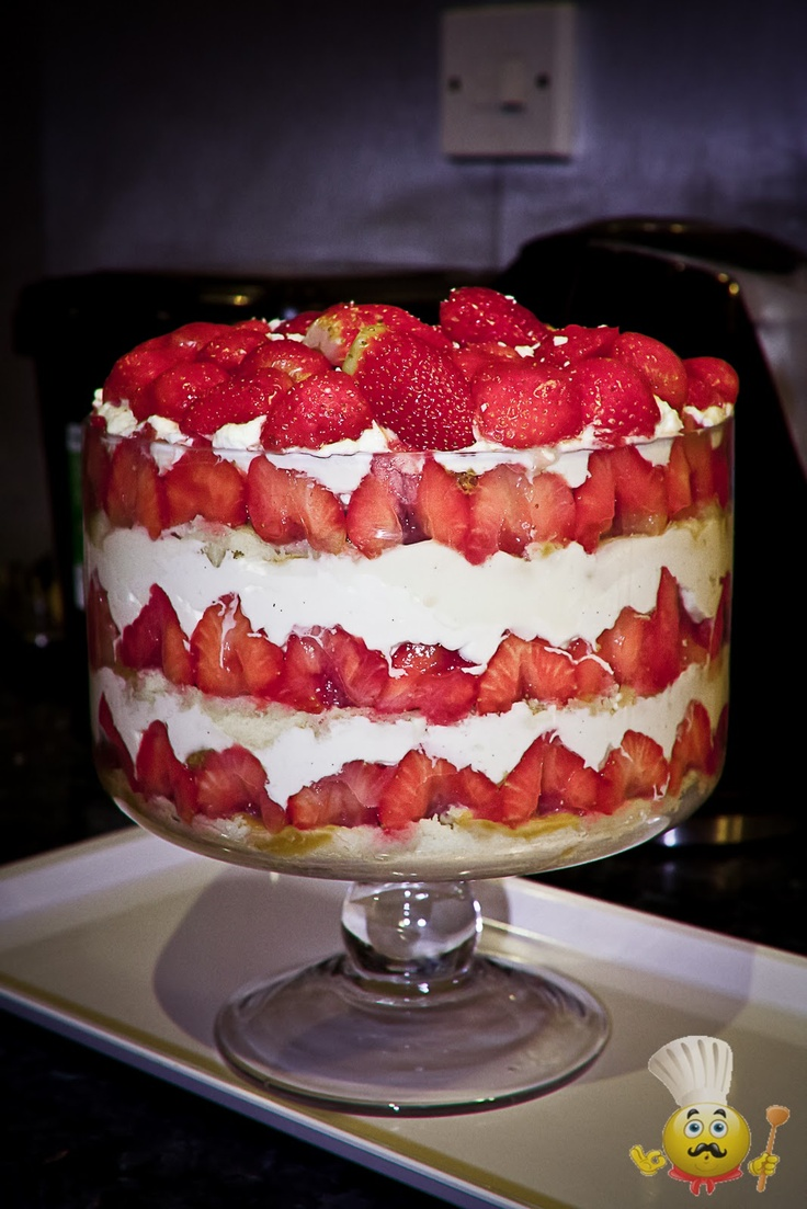 Lorraine Pascale's Strawberry Trifle