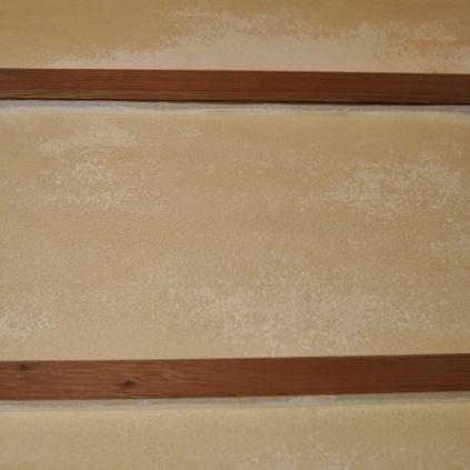壁塗り直後-色ムラ