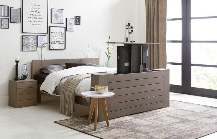 Meer dan 1000 idee n over muur achter bed op pinterest for Bed in de muur