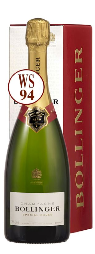 Champagne Bollinger Special Cuvee brut Magnum in giftbox  Description: De Bollinger Special Cuvée Brut onstaat volgen een uniek proces in de Champagne. Van alle grote wijnjaren laat Bollinger in zijn kelders honderden magnums van elke afzonderlijke Cru-wijngaard rijpen. Men gebruikt deze om toe te voegen aan de basiswijn voor de Special Cuvée zodat de hoge kwaliteit altijd wordt bereikt ook bij mindere jaren. Meer dan 80% van de druiven Pinot Noir en Chardonnay is afkomstig van eigen…