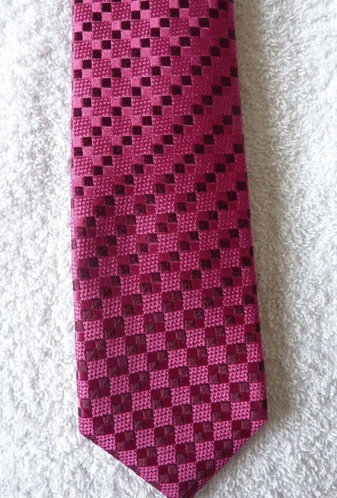 Cravate motif neuf mode homme modele fushia