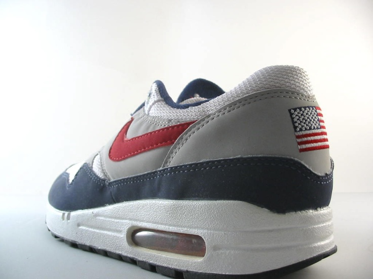 Nike Air Max 1 Team USA (2002 Retro)