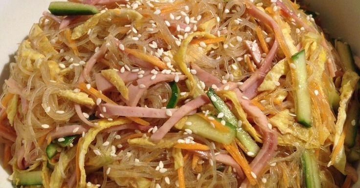 冷たくしてつるつる食べる春雨サラダ!作り置きができてとっても便利です!少し甘めの中華ダレでお子様にも喜ばれます。