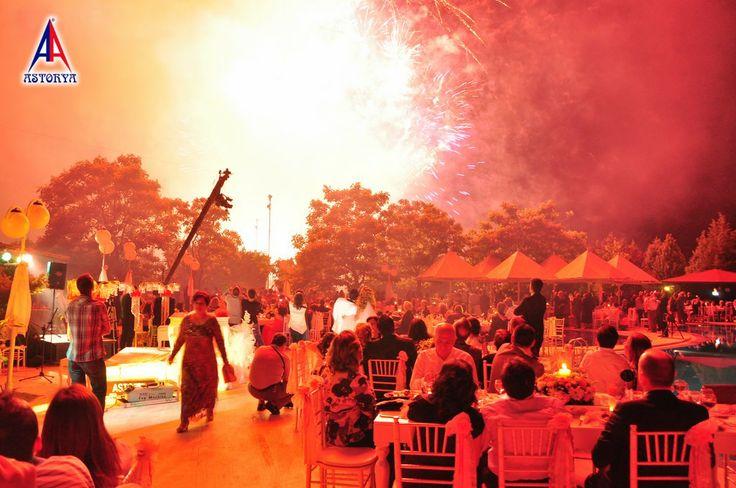 Aslanlar club düğün töreni havai fişek gösterisi 9