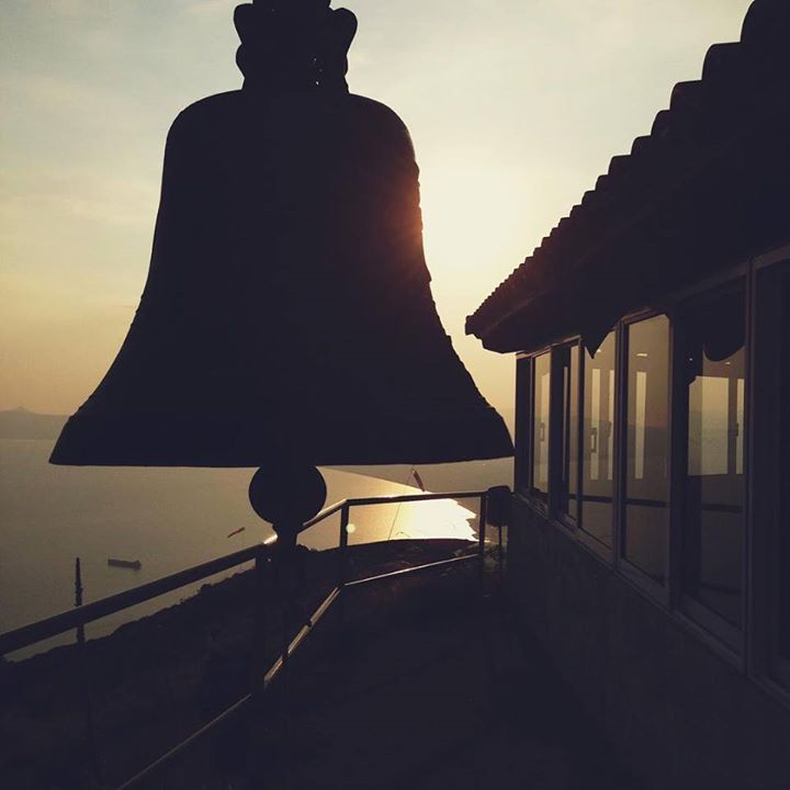 A stunning silhouette of a bell on top Kalathi mountain the warm glow of the sunset casting a warm light on the sky and the glistening Messinian Bay below.   #silhouette #bell #sunset #kalamata #kalamata21 #instakalamata #messinia #messinianbay #greece #peloponnese #handofgreece #greeceis #wanderlust #wonderlust #reasonstovisitgreece #handofgreece #bbctravel  #sunset #everydayphotos_greece #authenticgreece #photooftheday #travelgreece #exploregreece #instagreece #vscogreece #realgreece #vsco…