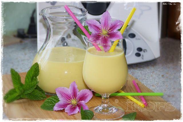 Karibik Smoothie      1 reife Mango (ca. 230 g)   ½ reife Ananas (ca. 370 g)   ½ Banane (ca. 70 g)   150 g Eiswürfel     30 Sek./Stufe...