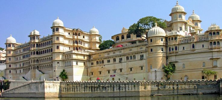 #IndiaTourPackages #HoneymoonPackages #IndiaTour India Tour Packages. Indulge in India Holidays Collection Beaches and backwater holidays, Wildlife holidays, Honeymoon Packages and many other incredible tour packages.