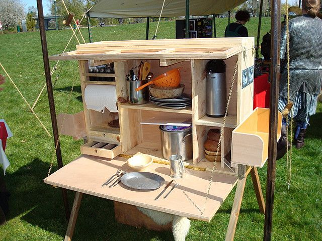 homemade camping kitchen set by roaming gnome 2000 via flickr so practical - Camping Kitchen Ideas