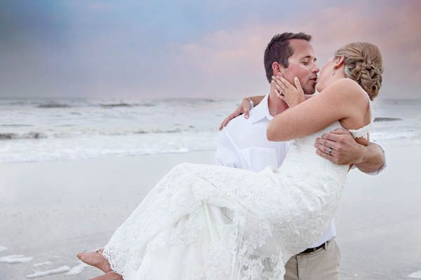 We loved this romantic wedding that took place at a Galveston Beach House. So romantic!