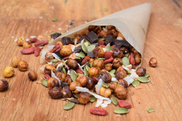 The secret to getting really crunchy chickpeas that actually stay crunchy indefinitely! pamelasalzman.com