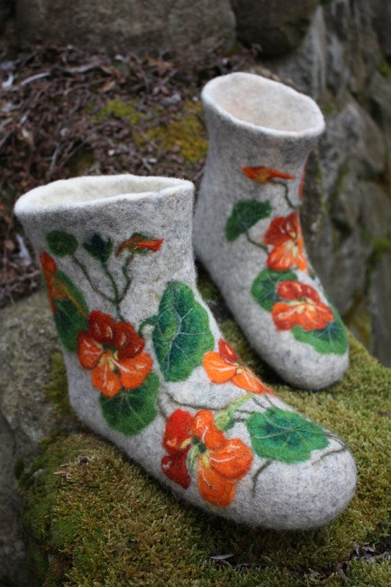 Handmade felted low shoes with flower design, inspired by beauty of nature by Irina.