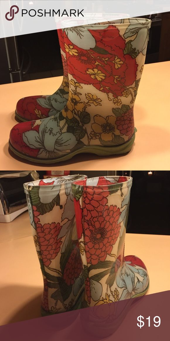 Sloggers Rain/Gardening Boots Perfection condition. Worn twice. Adorable print! Sloggers Shoes Winter & Rain Boots