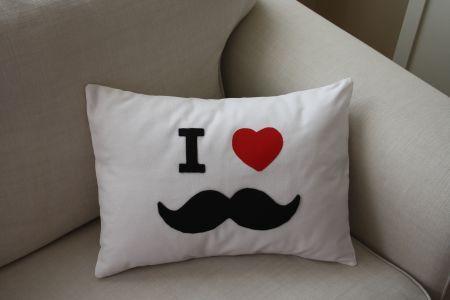 Bıyıklı Yastık - Pillow with Mustache