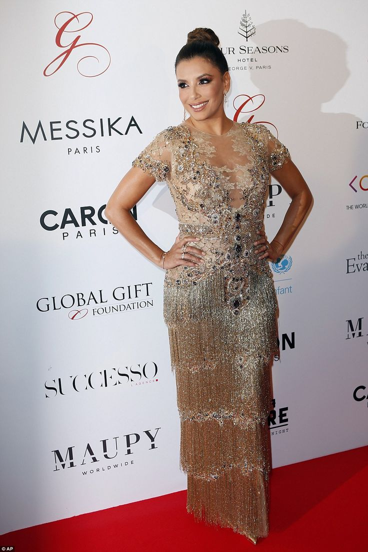 Eva Longoria oozes golden age glamour in dazzling flapper dress #dailymail