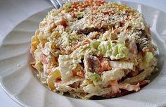 Гурманы точно оценят: салат с пекинской капустой «Переполох»