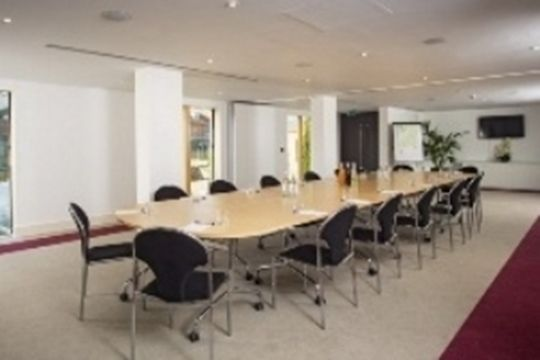 #Essex - Lifehouse Spa & Hotel - https://www.venuedirectory.com/venue/28373/lifehouse-spa-and-hotel   This #venue provides the perfect #space for organisers looking for a private and well equipped location for #meetings, away-days and #conferences.  The main Lifehouse meeting room, the Thorpe Suite can be set up as one large meeting room accommodating a maximum of 80 #delegates in theatre style or can be split into two rooms providing separate sound-proofed spaces for breakout groups.
