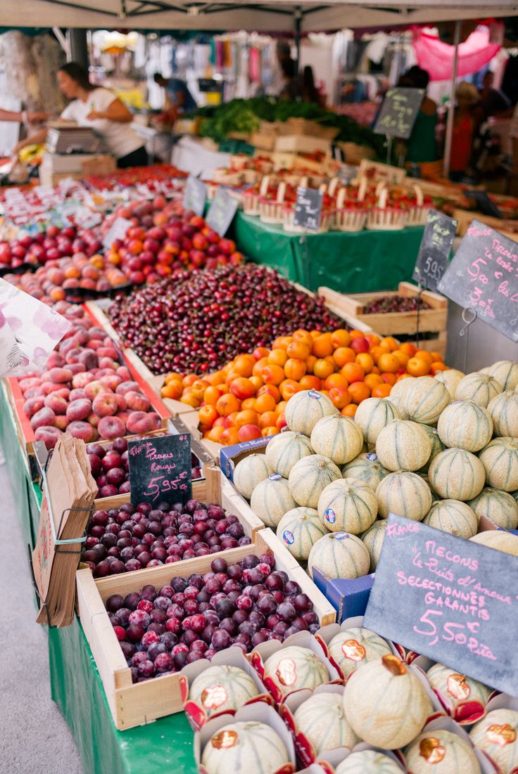 Gal Meets Glam Contributor Series: Market Breakfast Table In France - Fresh market produce