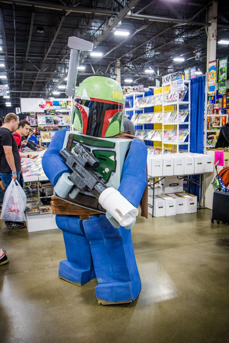Character: Lego Boba Fett / From: Lego Star Wars / Cosplayer: Unknown / Event: Motor City Comic Con 2017 / Photo: Amber Willits.