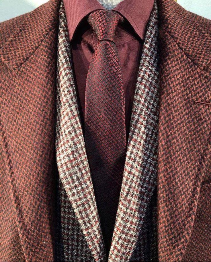 Via @brandroomtr  #worldsuniquedesigns #loveit #man #suit #suitup #brownsuit #mansfashion #styling #mansstyling #manstyle #fashion #fashionlove #look #manslook #winter #design #designer #fashiondesigner #details #stylingideas #likepost #likelikelike