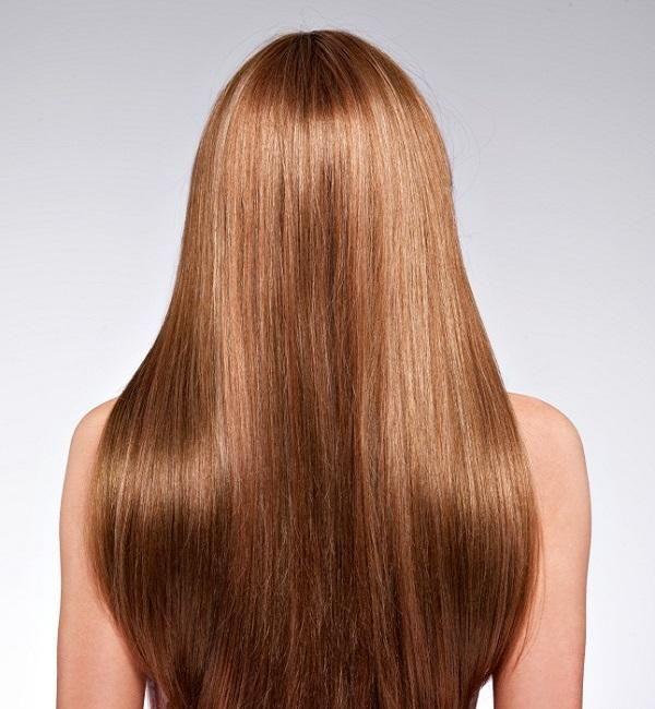 Come stimolare la crescita dei capelli con rimedi naturali. I capelli lunghi hanno senza dubbio il loro fascino e anche se è il farli crescere è solo una questione di tempo, ci sono persone che vorrebbero vedere risultati più rapidamente. Per gli impazienti c'...