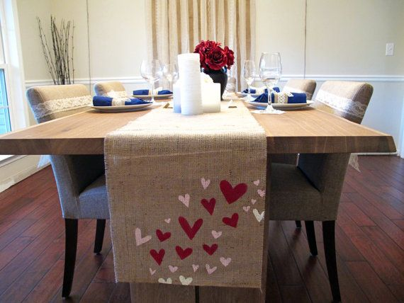 Valentine Heart Table Runner. Valentines day decor.