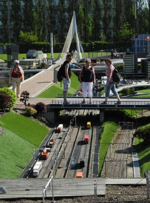 (34 IMAGES) - Madurodam is a miniature city located in Scheveningen, in the Netherlands. It is a model of a Dutch town at 1:25 scale, composed of typical Dutch buildings and landmarks, as are found at various locations in the country.
