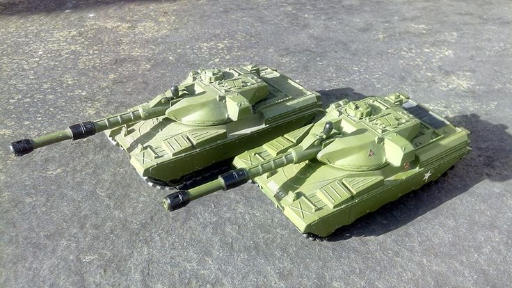 Dinky Toys Chieftain Tank (2 pieces, my collection)