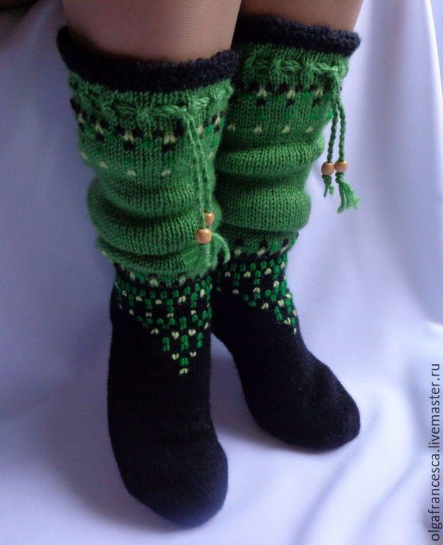 гольфы из шерсти, гольфы вязаные, носки вязаные, новогодний подарок, новый год, подарок на новый год, подарок ручной работы, красивые носки, красивые гольфы, сапожки для дома, сапожки валяные, носки