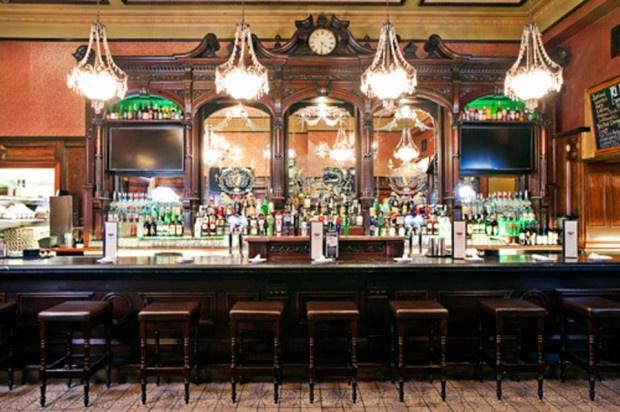 Classic restaurant interior design of ri ra irish pub las