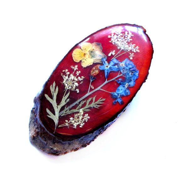 Vintage Wood Brooch Varnished Dried Flower Pin