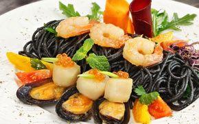 Обои гребешки, креветки, паста, черная, морепродукты, моллюски, икра