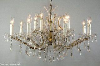 Kristallen Maria Theresia kroonluchter 26686 bij Van der Lans Antiek. Meer kristallen lampen op www.lansantiek.com