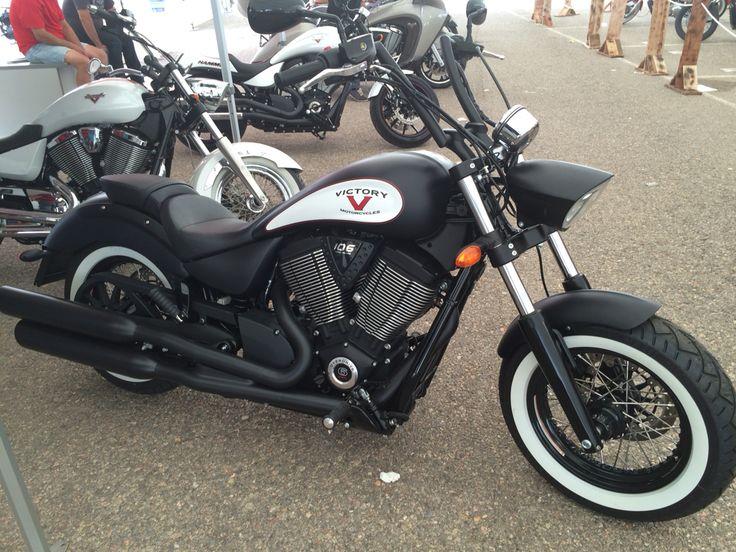 Custom Motorcycles, harley davidson, Indian, Victory, Honda, Daelim Daystar, Hyosung Aquila, choppers, DarkSide II, Regal, Leonart Daytona, Triumph, etc