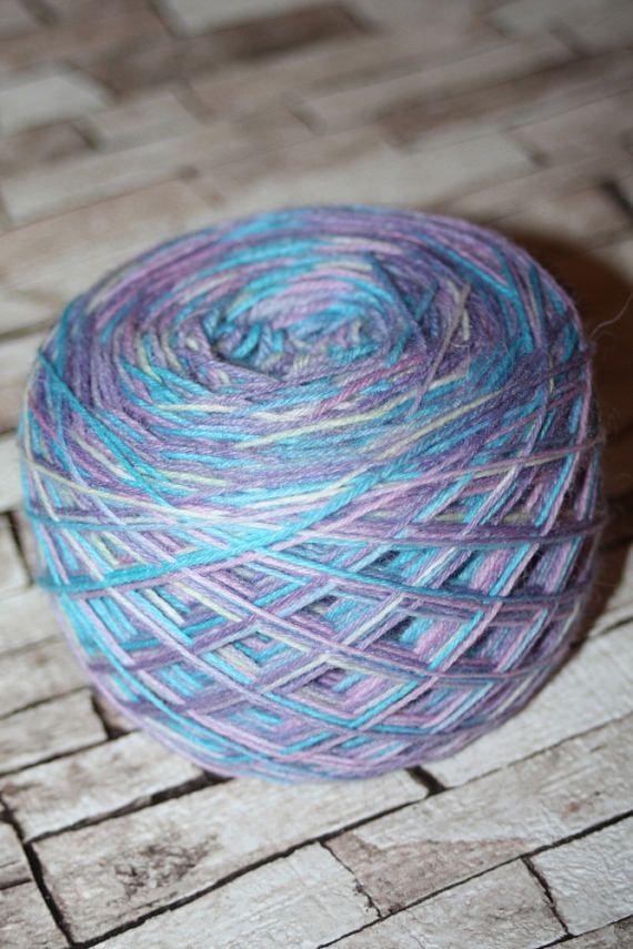 Hand dyed sock yarn #sockyarn , #sockwool , #fingering , #wool , #yarn , #yarnlover , #yarnart , #superwash , #superwashwool , #handpaintedyarn , #handpaintedwool , #etsyshop , #etsy, #makatarinacorner , #crocheting , #knitting