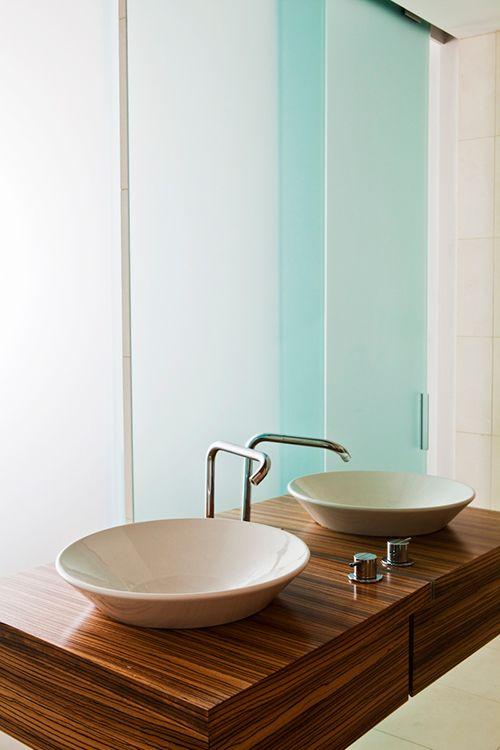 A light filled london loft with a dreamy kitchen design sponge bathroom ideas pinterest - Design sponge bathrooms ...