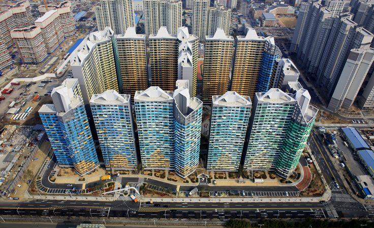 Hoe huisvest je de snel uitdijende middenklasse in Zuid-Korea, zonder in telkens dezelfde repeterende bouwblokken te vervallen?