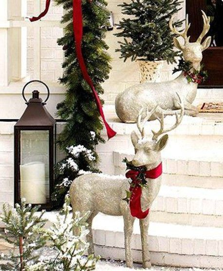 christmas decoration with reindeer httpwwwdecorazillacomchristmas - Christmas Reindeer Decorations