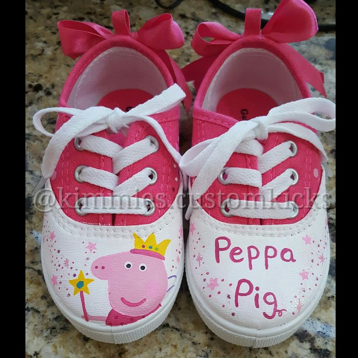 Peppa pig theme #kimmiescustomkicks  #kimberlys_creations #handpaintedshoes…